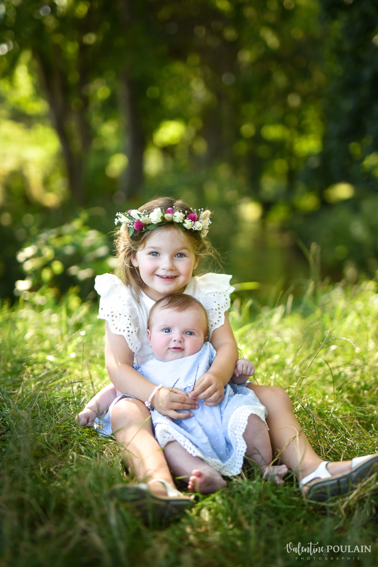 Shooting famille soeurs serre - Valentine Poulain tenir