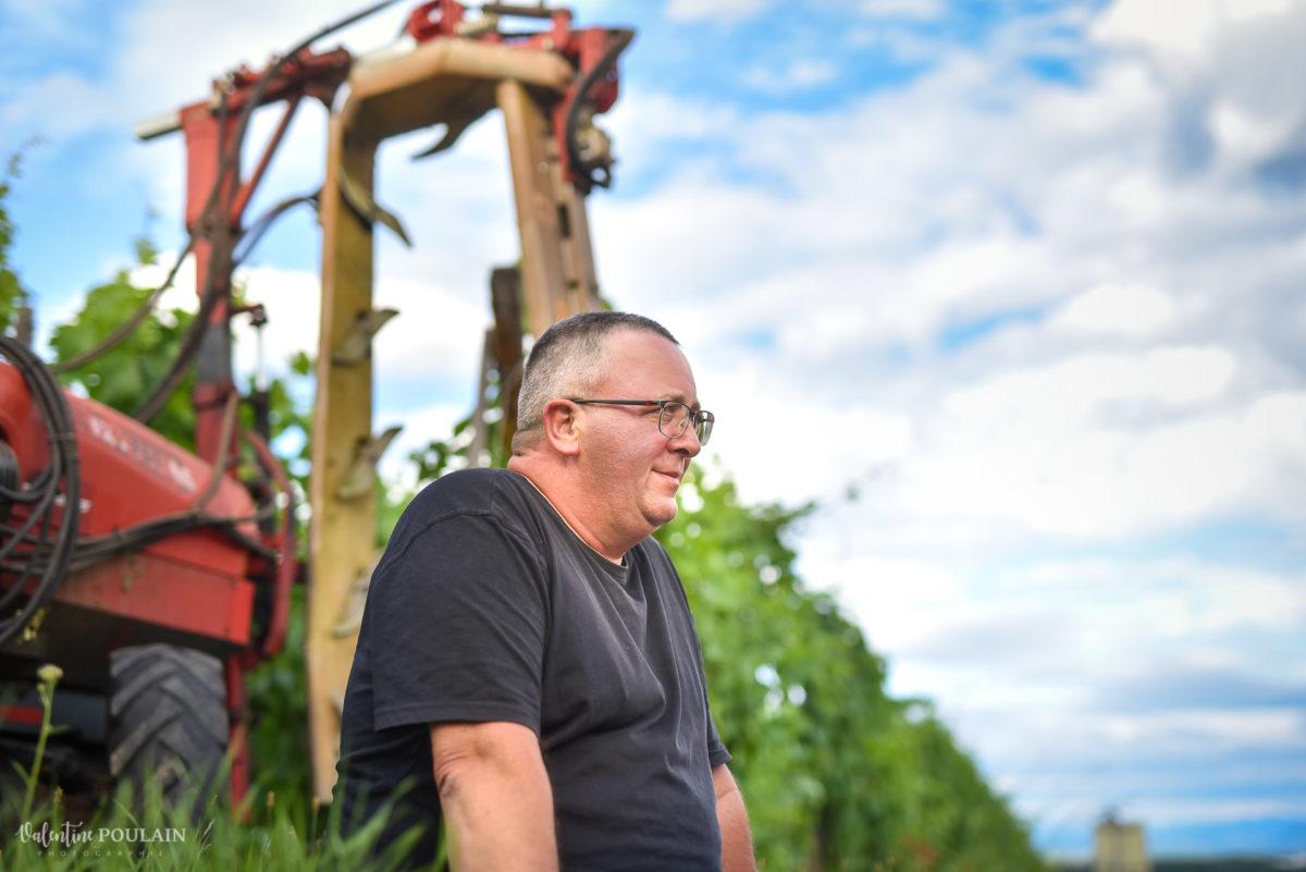 tracteur photo corporate Domaine vigneron - Valentine Poulain