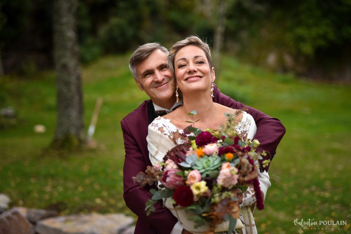 Mariage rock automne Domaine du Hirtz - Valentine Poulain couple