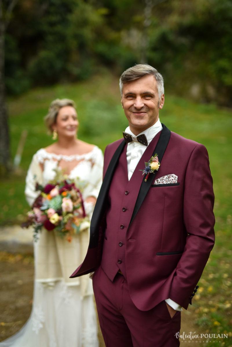 Mariage rock automne Domaine du Hirtz - Valentine Poulain groom