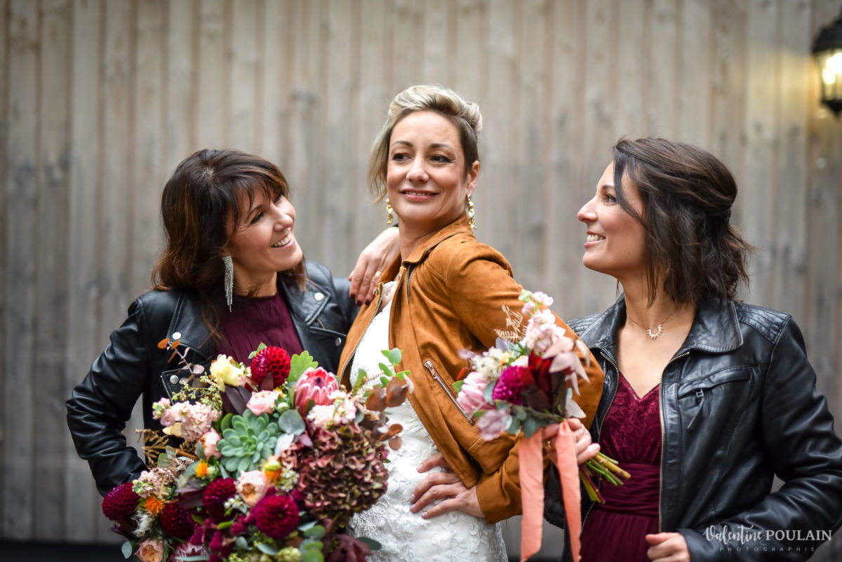 Mariage rock automne Domaine du Hirtz - Valentine Poulain témoins femmes