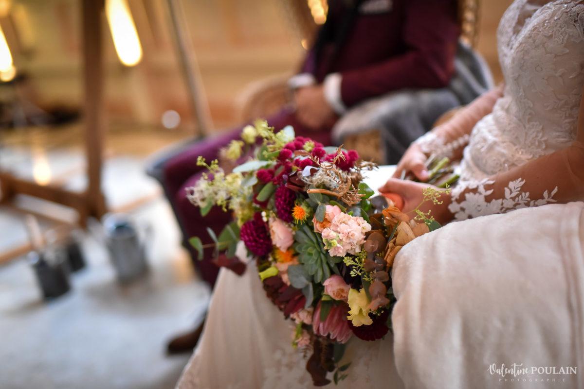 Mariage rock automne Domaine du Hirtz - Valentine Poulain cérémonie laïque fleurs