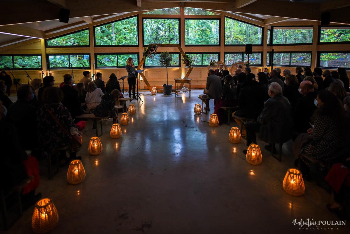 Mariage rock automne Domaine du Hirtz - Valentine Poulain cérémonie laïque light