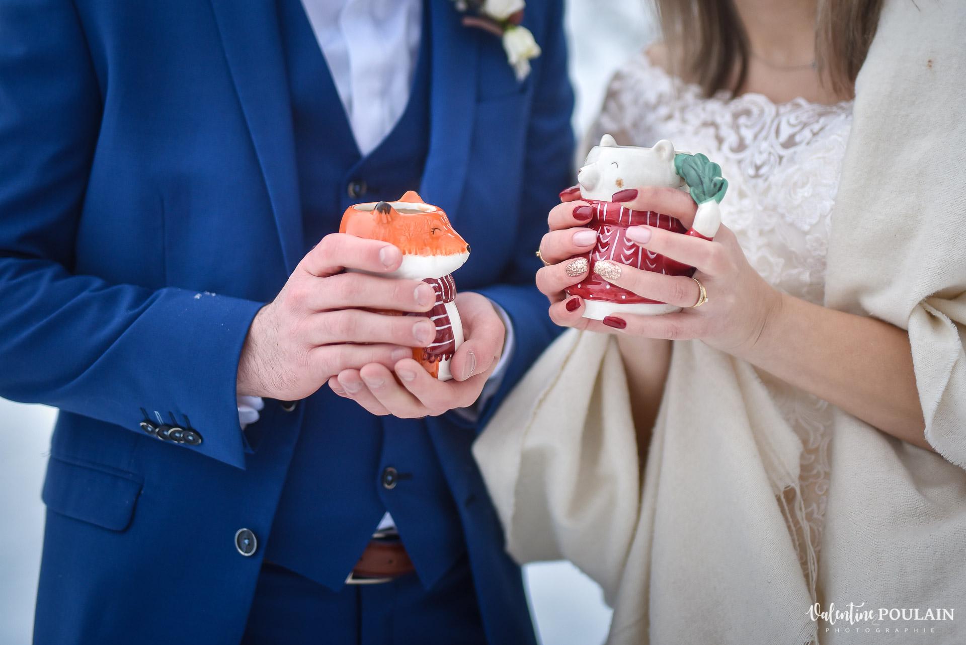 Photo mariage neige hiver - Valentine Poulain chocolat chaud