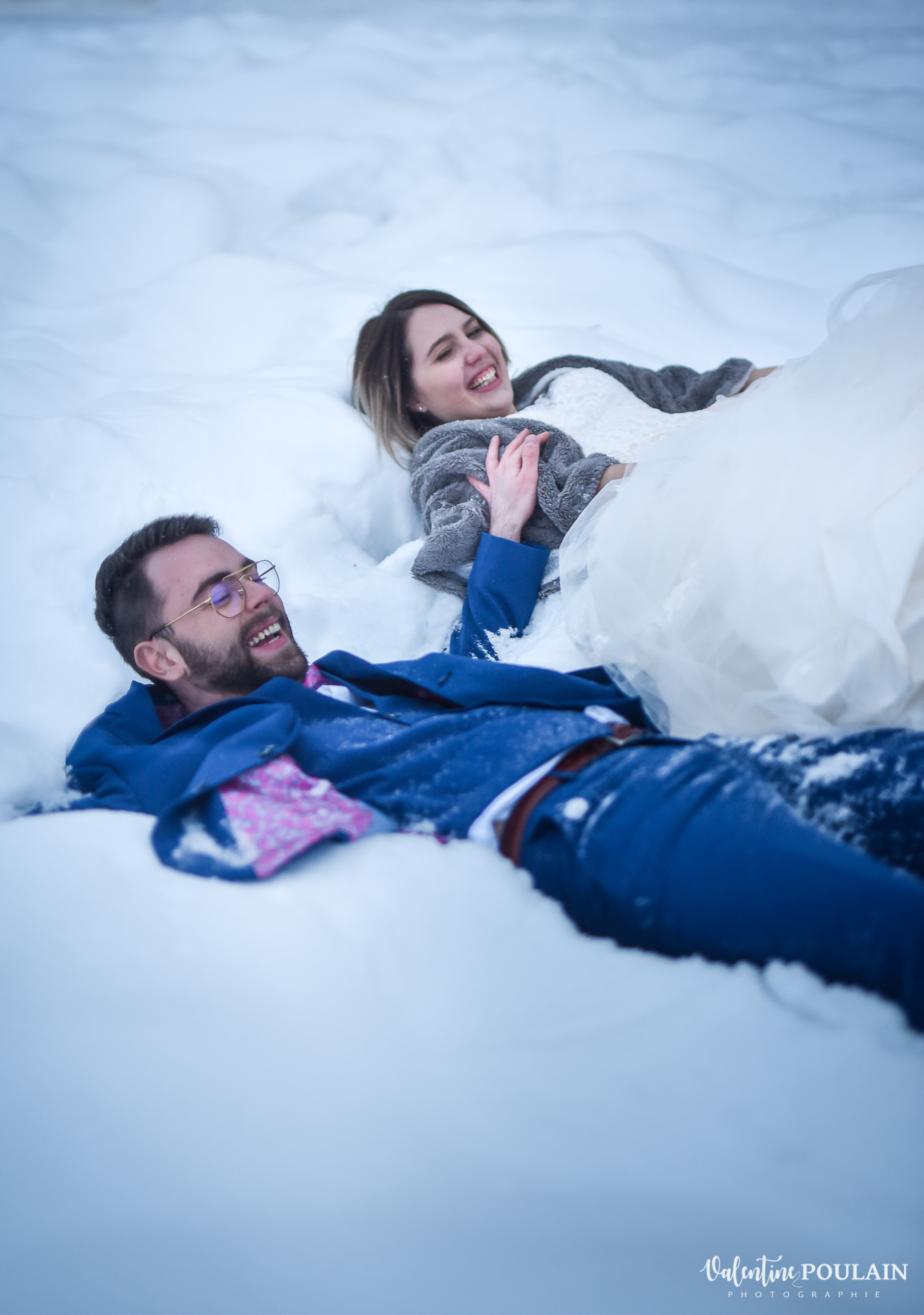 Se marier en hiver sous la neige - Valentine Poulain couchés