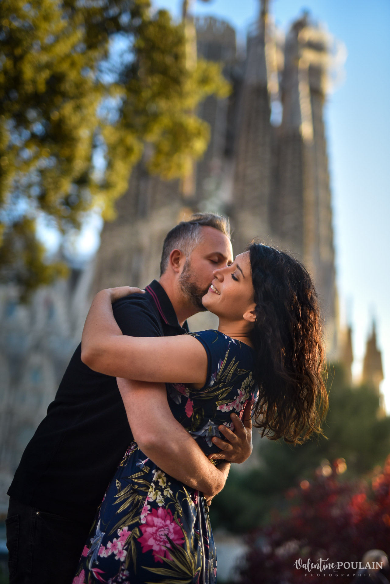 Séance photo couple Barcelone - Valentine Poulain Sagrada Familia