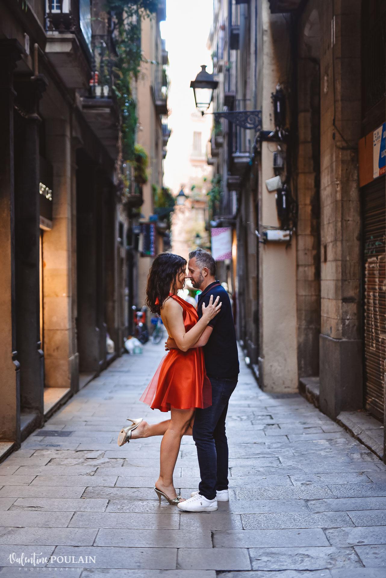 Séance photo couple Barcelone - Valentine Poulain jambe