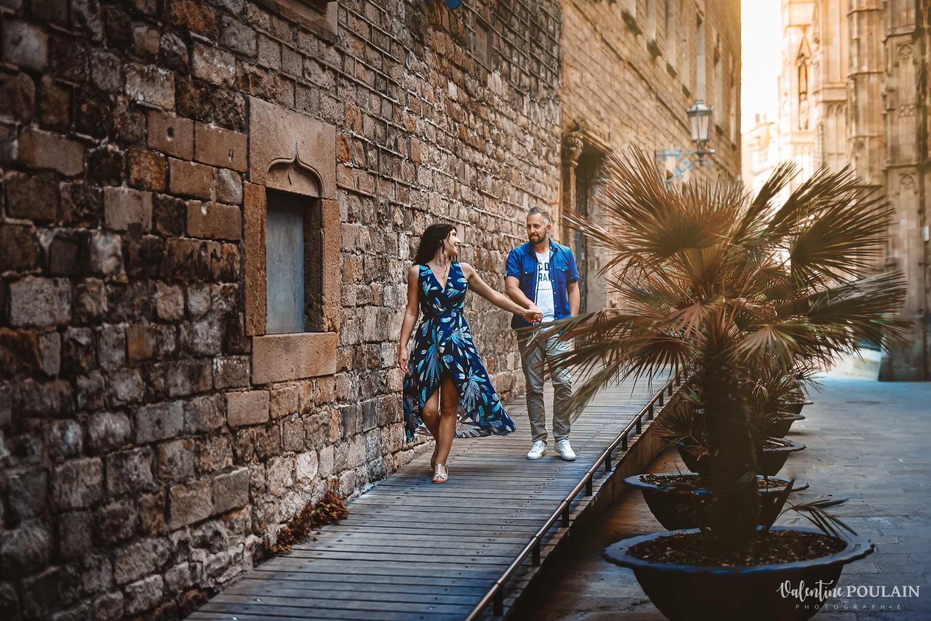 Seance photo couple Barcelone - Valentine Poulain balade