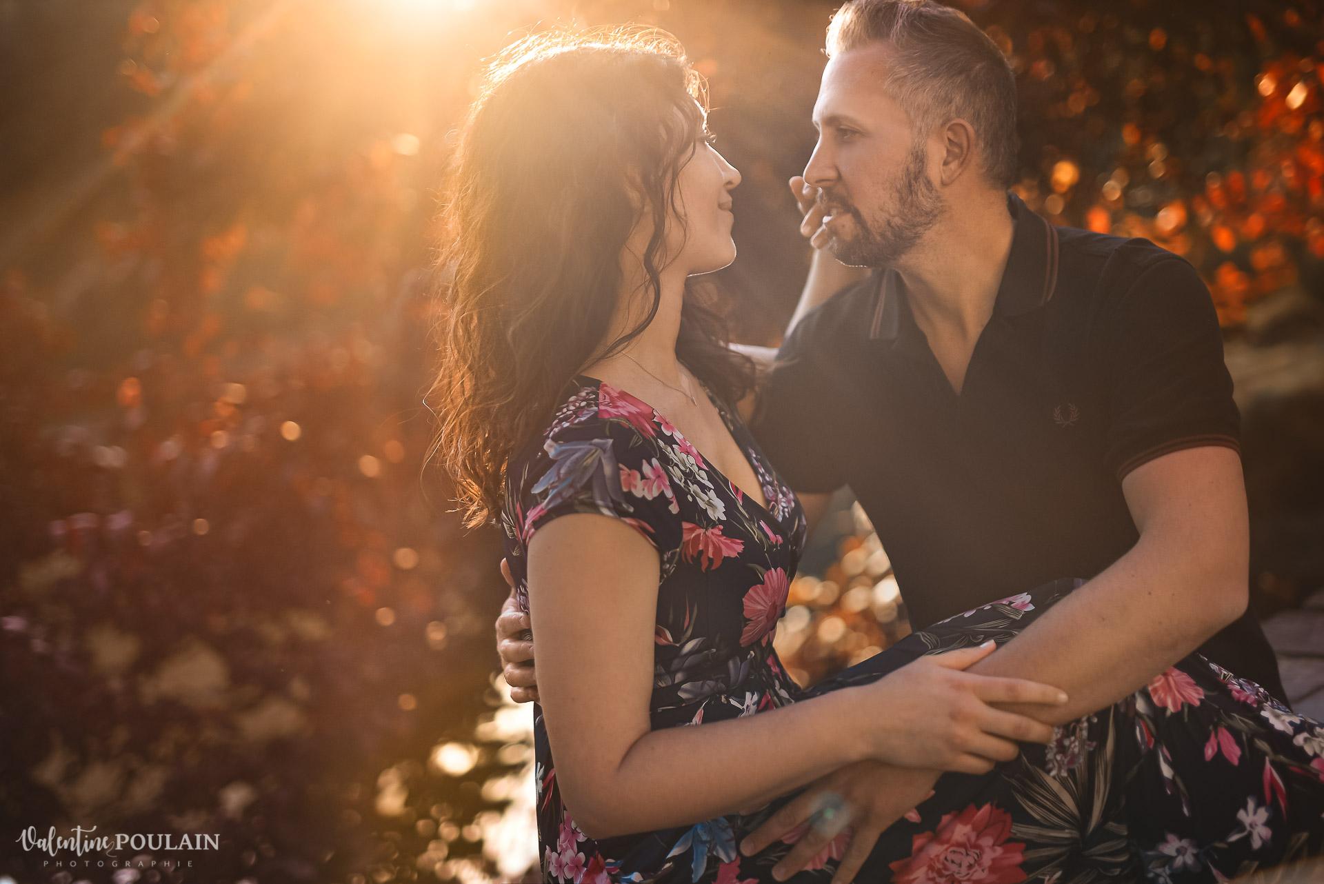 couple lumiere - barcelone - Valentine Poulain