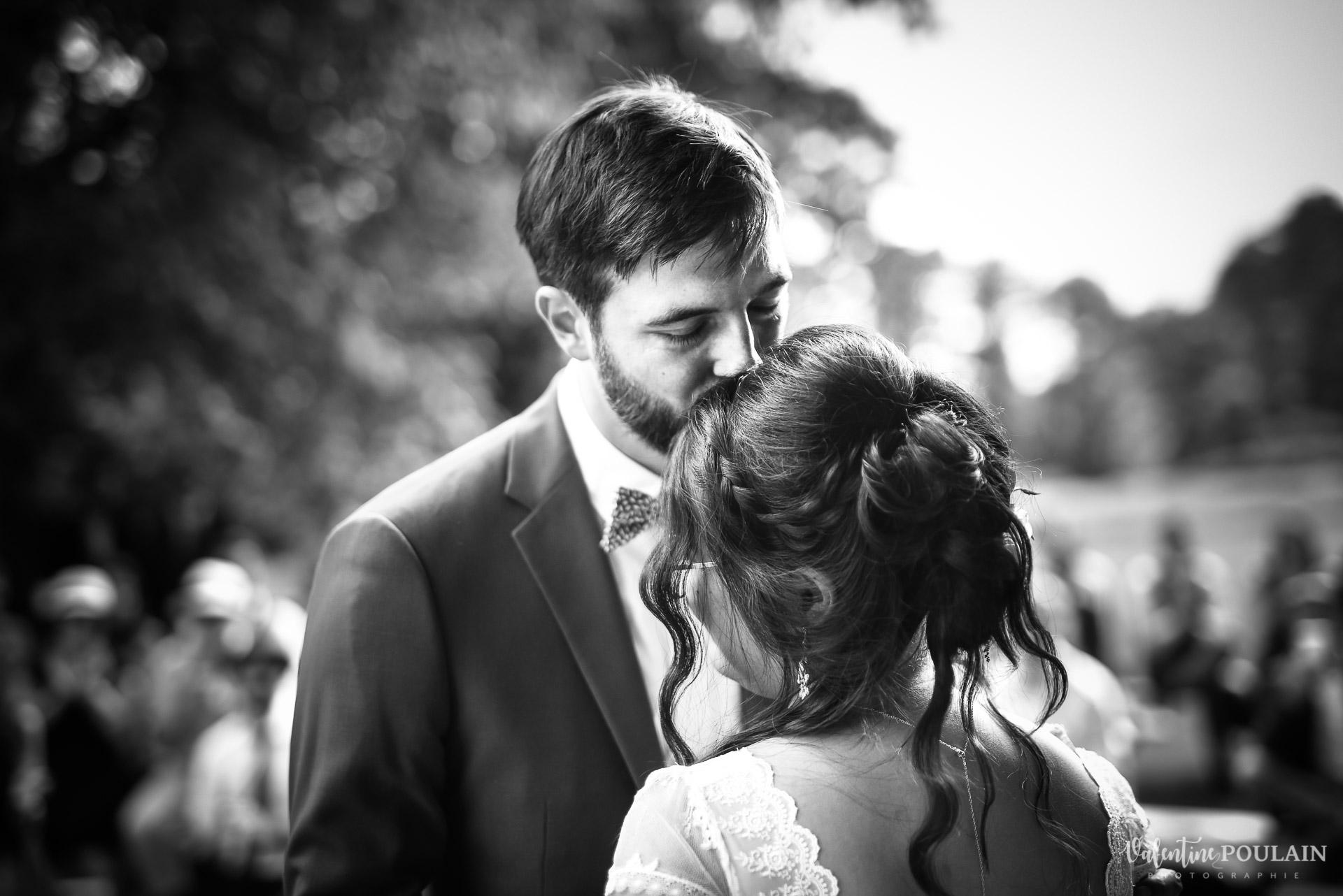 Mariage La Drille au bord de l'eau - Valentine Poulain cérémonie n&b