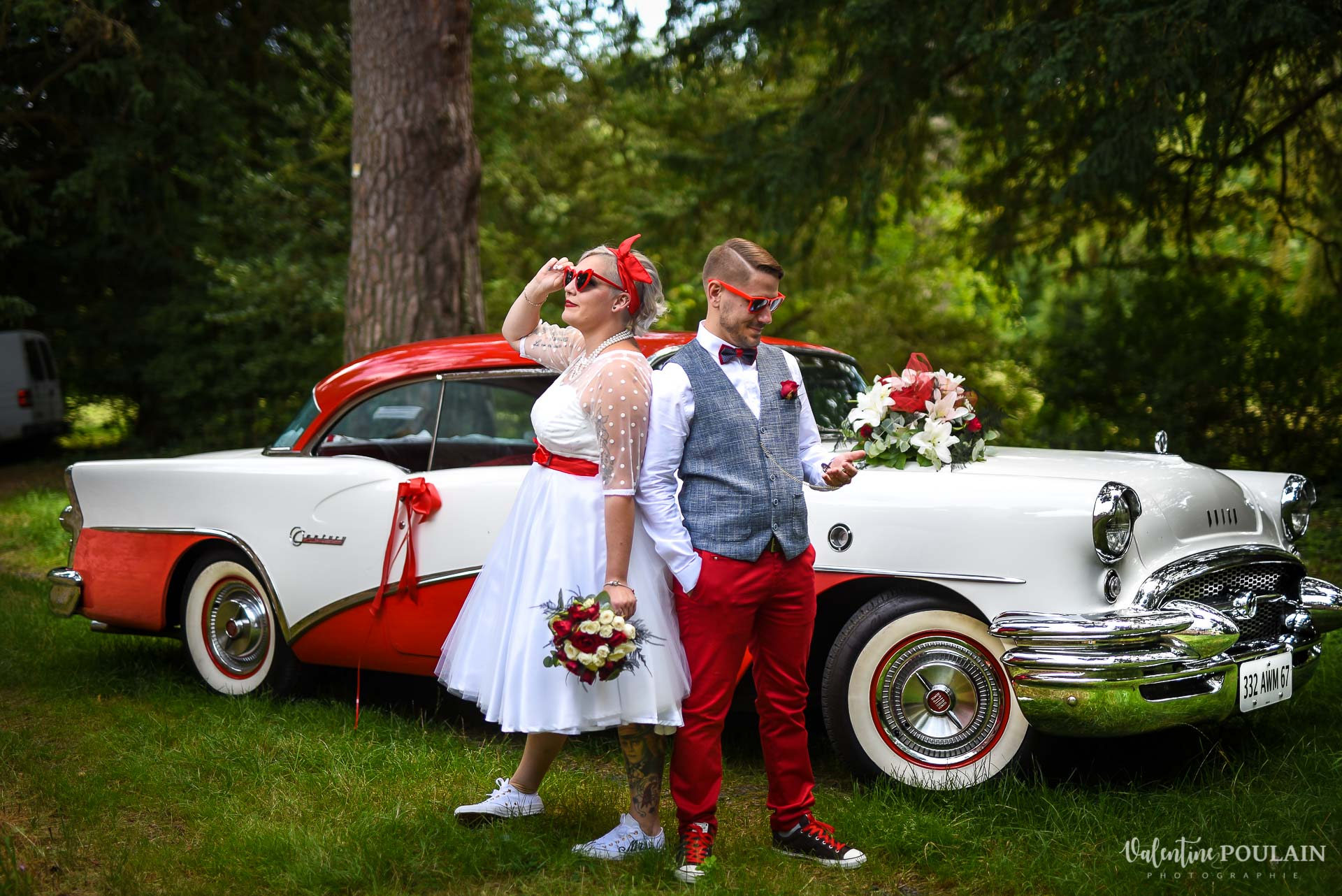 Mariage vintage rockabilly - Valentine Poulain dos à dos