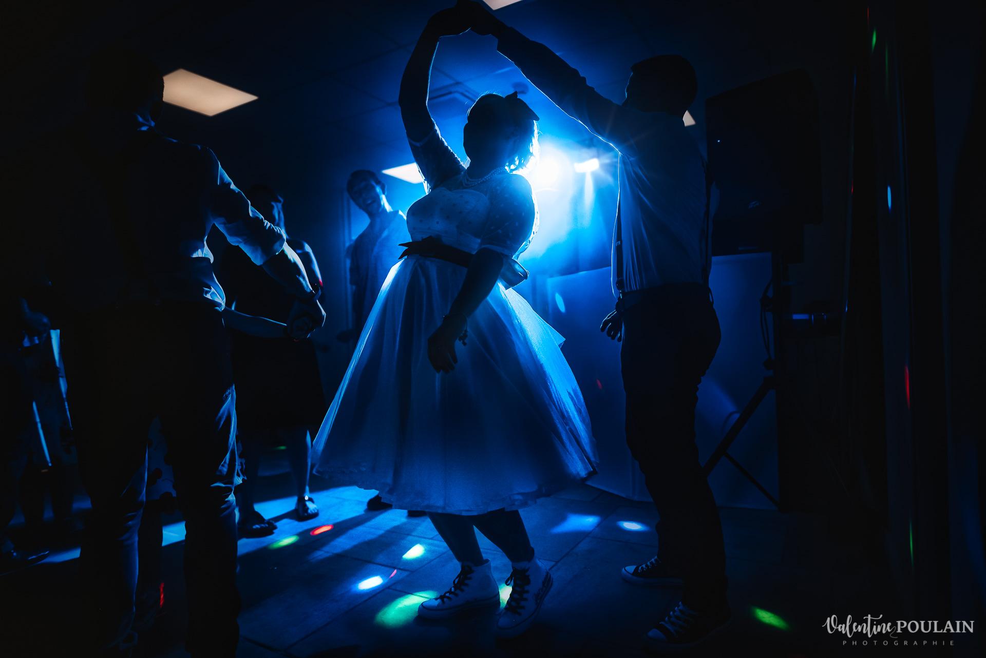 Mariage vintage rockabilly - Valentine Poulain danser