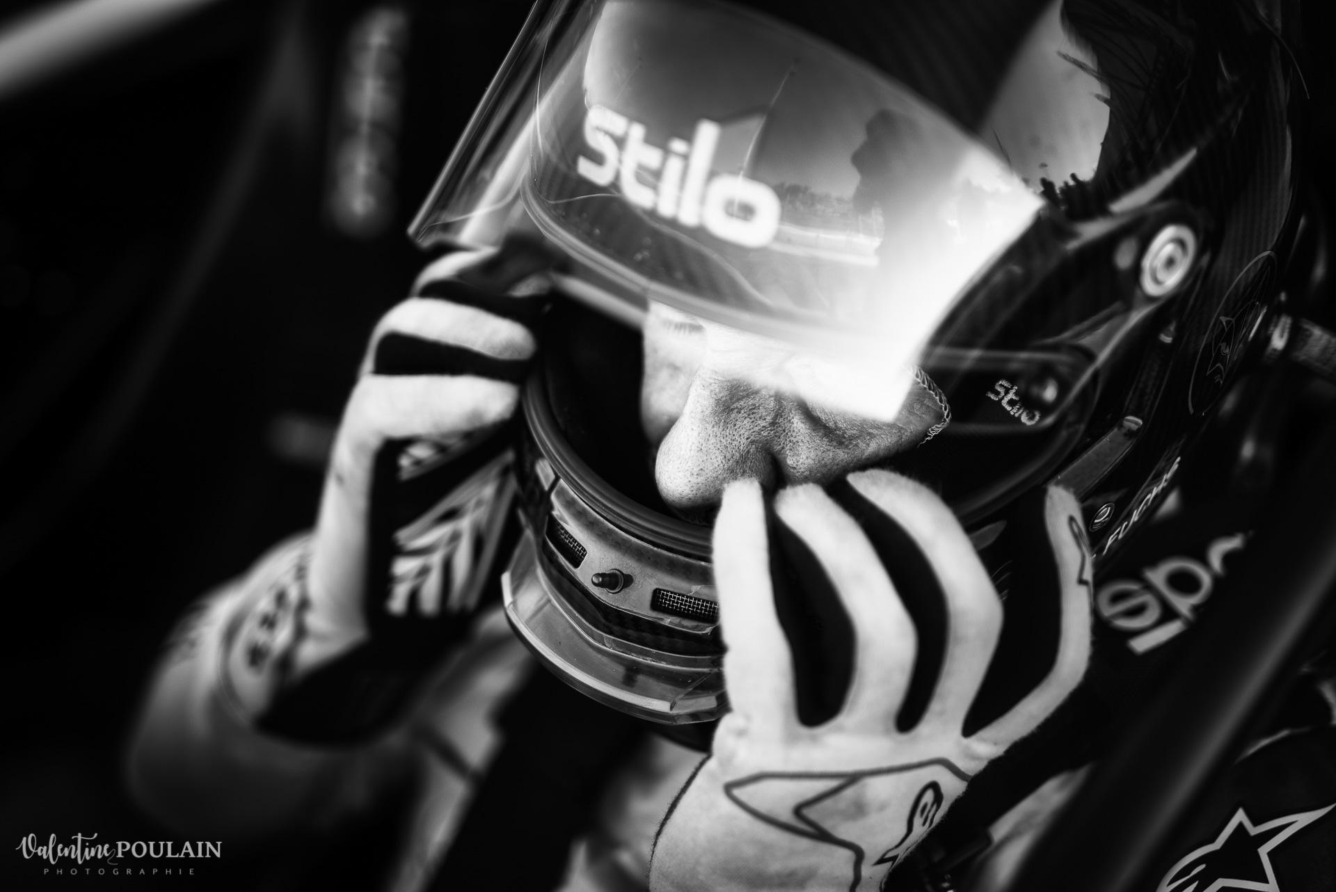Portrait de pilote Evenement sportif Bugatti Chiron pur sport -automobile_Valentine Poulain -
