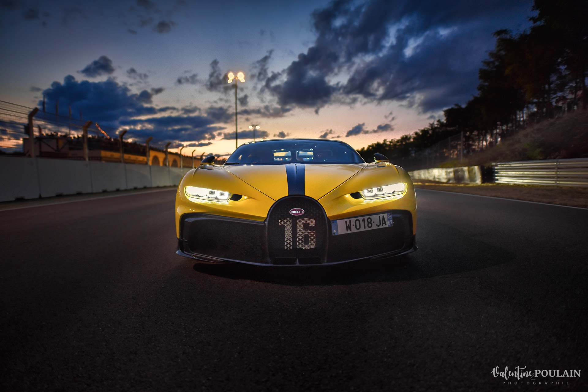 Reportage photo Evenement sportif Bugatti Chiron pur sport -automobile_Valentine Poulain -